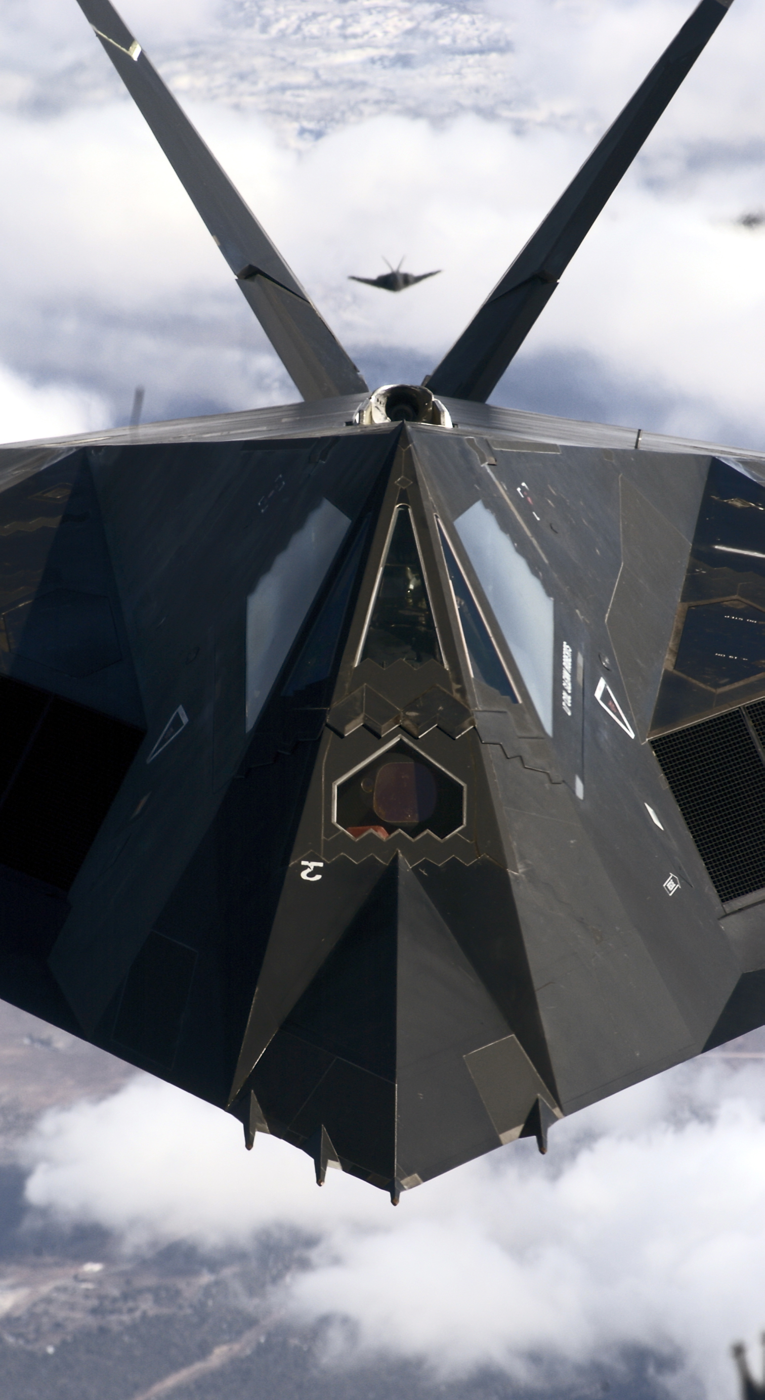 F 117 Stealth Fighter Cockpit WHY IS THE STEALTHY F-...